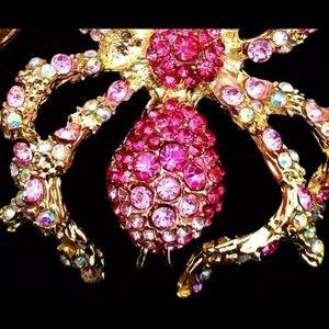 Jewelry - BETSEY JOHNSON ~Large Pink Tarantula Necklace
